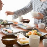 過敏性腸症候群の悩まされている人が覚えておきたい食事の際の注意点とは?